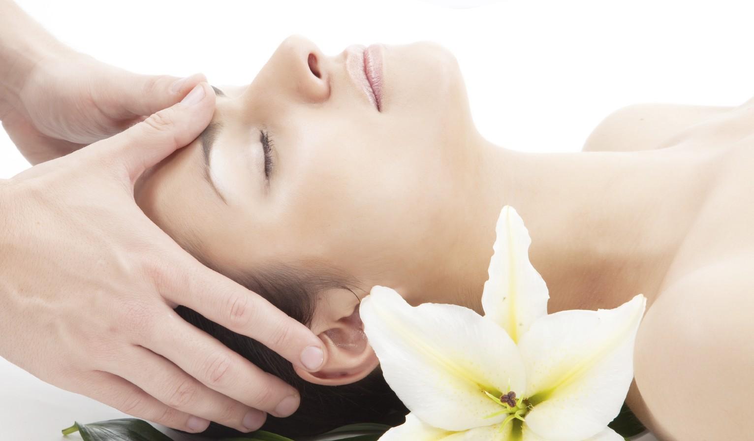 masaje para combatir las migrañas
