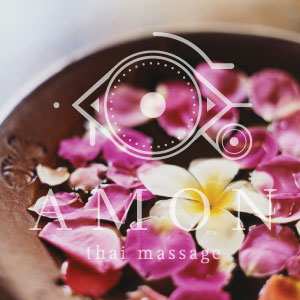 rose-woman-pack-massage